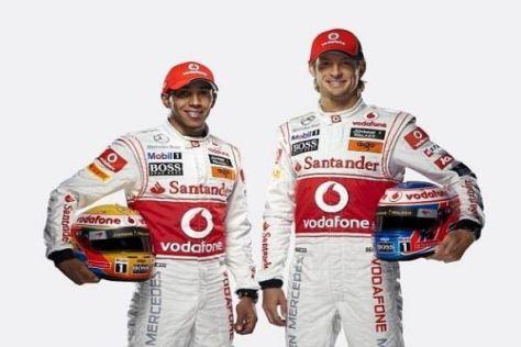 Lewis Hamilton (li.) und Jenson Button sind gespannt auf den Formel-1-Titelkampf 2011