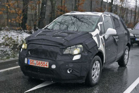 Erlkönig Opel Corsa SUV