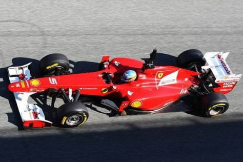 Fernando Alonso hat den verstellbaren Heckflügel bei Tests ausprobiert