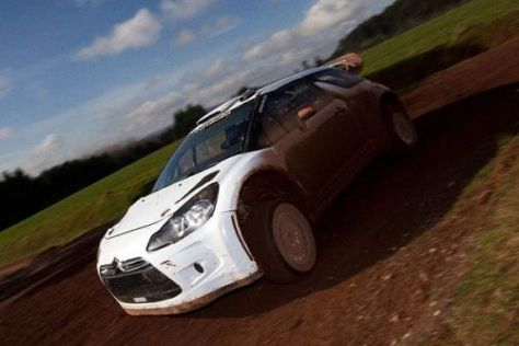Peter van Merksteijn jun. bei seinem ersten Test im Citroen DS3 WRC