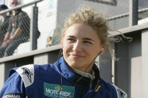 Hochzufrieden: 2009 siegte Rahel Frey beim Formel-3-Rennen am Nürburgring