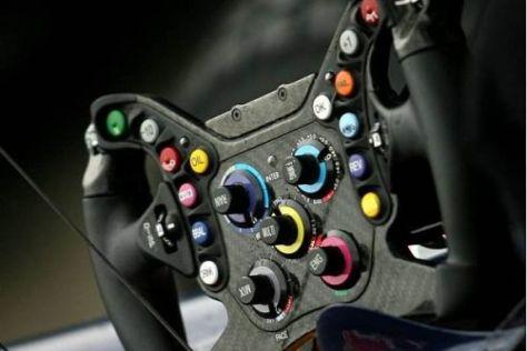 Zu kompliziert? Ein Formel-1-Lenkrad ist heutzutage ein Hitech-Instrument...
