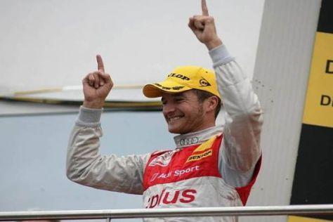 Timo Scheider ist nach Fitnesscamp und DTM-Reifentest überaus guter Dinge...