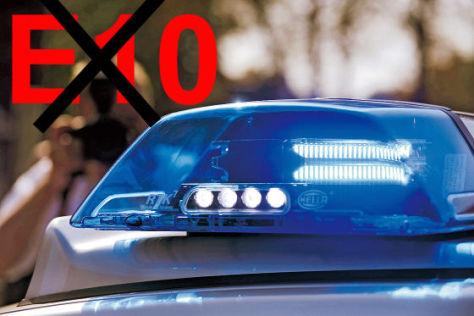 E10-Warnschild an einer Tankstelle in Berlin
