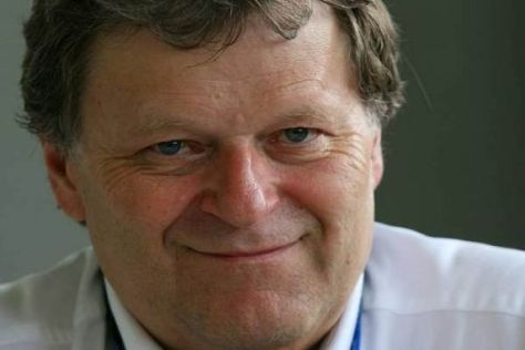 Norbert Haug hofft, dass Mercedes weiterhin einen KERS-Vorteil hat