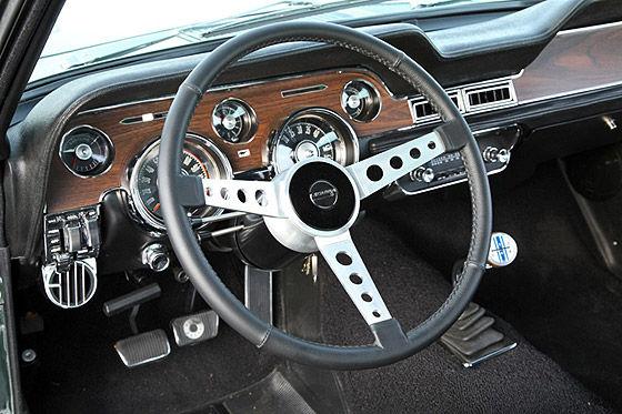 Nachbau Bullitt-Ford Mustang