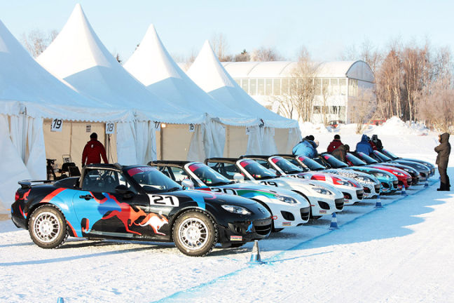 Video: Mazda MX-5 Ice Race 2011
