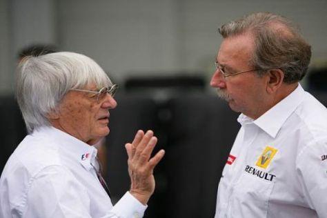 Jean-Francois Caubet (rechts) im Gespräch mit Bernie Ecclestone