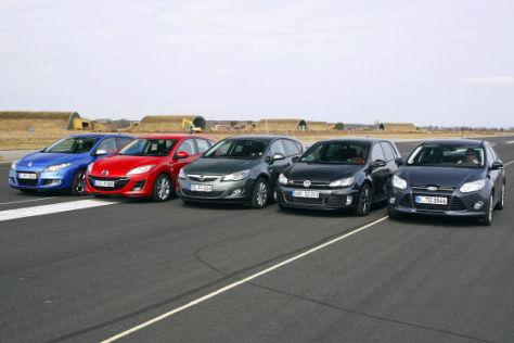 Renault Mégane dCi 160 Mazda3 2.2 MZR-CD Opel Astra 2.0 CDTI VW Golf GTD Ford Focus 2.0 TDCi