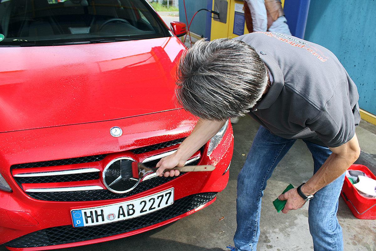So bringt der Fahrzeug-Aufbereiter ein Auto auf Vordermann