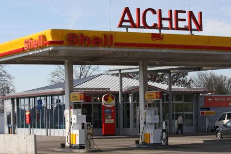 Aichen Autobahn-Tankstelle