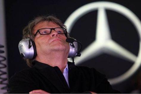 Mercedes-Motorsportchef Norbert Haug ist nach dem China-Freitag zufrieden