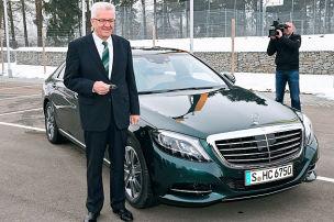 Kretschmann lästert über Mercedes S-Klasse