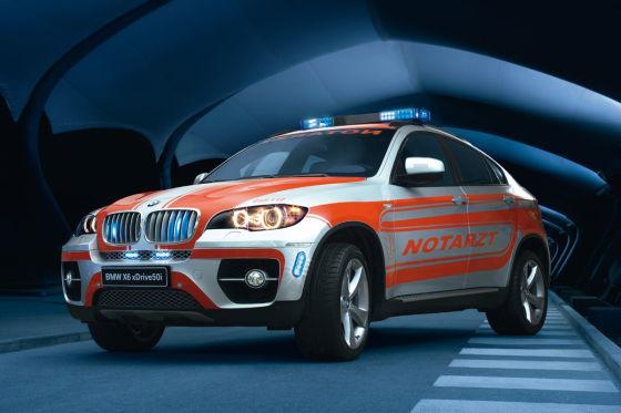 BMW X6 als Notarztwagen