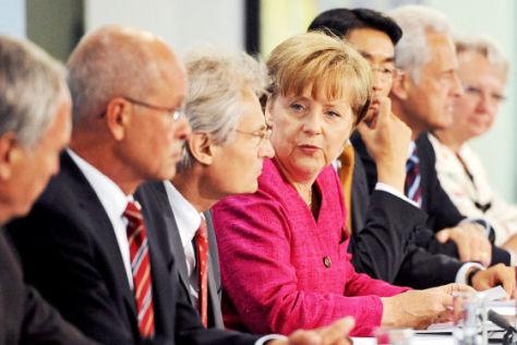 Angela Merkel (CDU) - Nationalen Plattform Elektromobilität