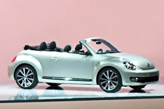 vw beetle cabrio kommt erst 2012. Black Bedroom Furniture Sets. Home Design Ideas