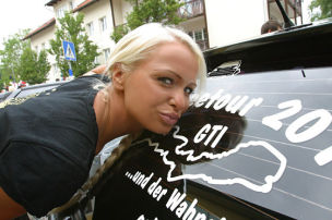 Mandy beim GTI-Check