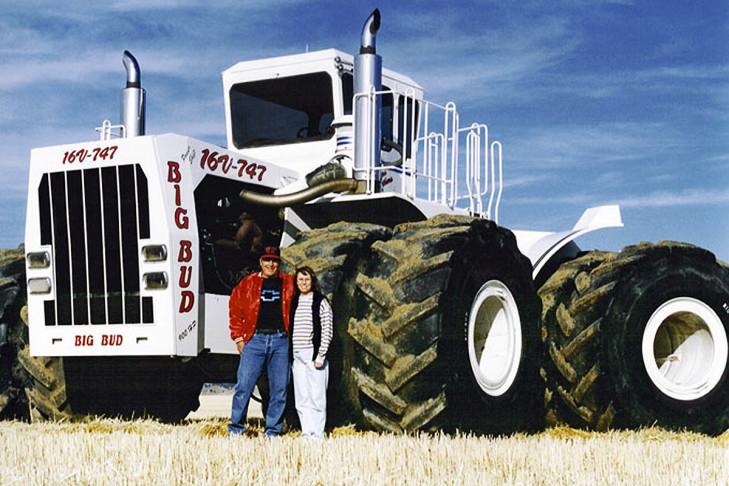 bilder der gr ten traktoren der welt acker giganten. Black Bedroom Furniture Sets. Home Design Ideas