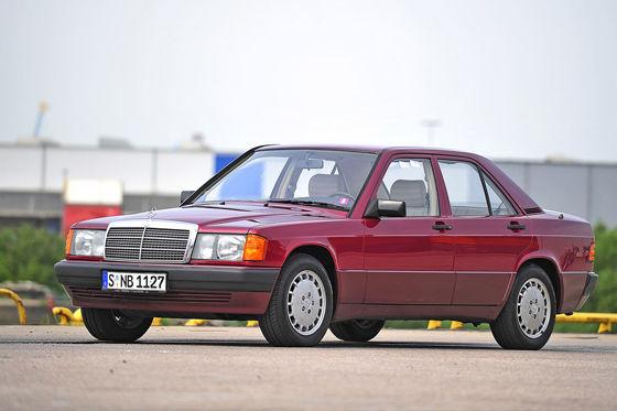 Video: Mercedes 190/190 E