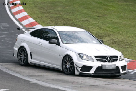 Mercedes C-Klasse AMG 63 Coupé Black Series mit Styling-Packet