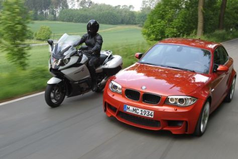 BMW 1er M Coupé vs BMW K 1600 GT