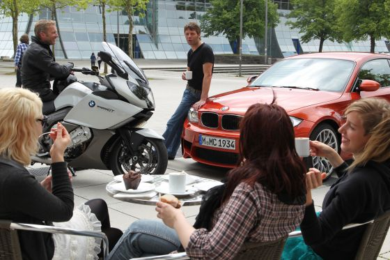 BMW 1er M Coupé vs BMW K 1600 GT