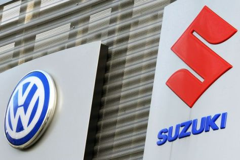 Logos VW und Suzuki