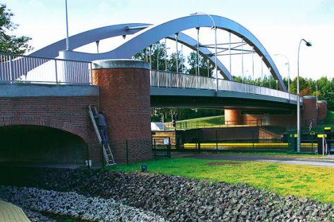 Brücke mit Fußbodenheizung