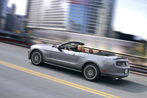 Ford Mustang GT (LA 2012)