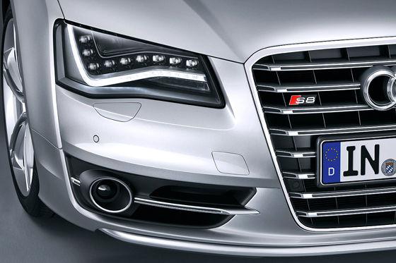 Video: Audi S8