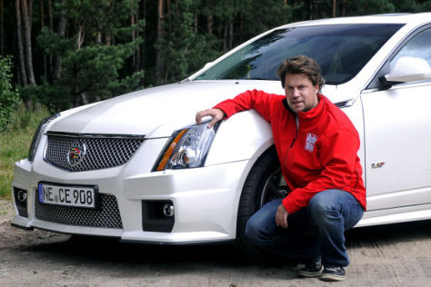 Boris Pieritz am Cadillac Sport Wagon