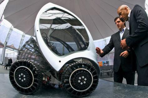 Hiriko: Faltbarer Kleinwagen feiert Premiere