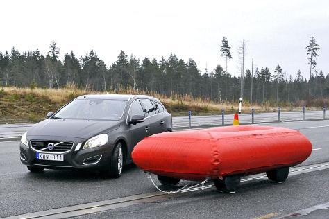 Volvo Kreuzungsassistent