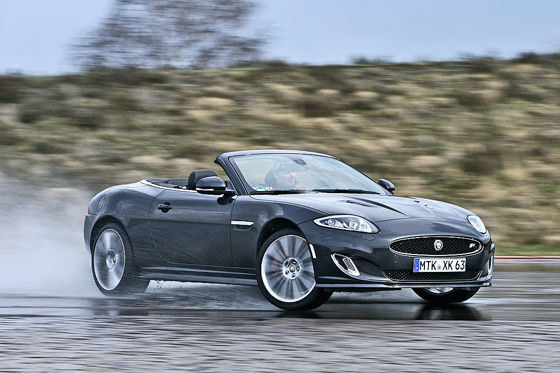 Video: Jaguar XKR