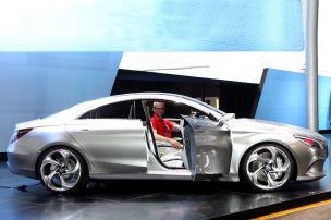 Mercedes macht die Welle