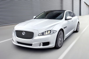 Jaguar XJ Ultimate: Peking 2012