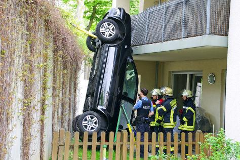 Unfall VW Golf Wiesbaden