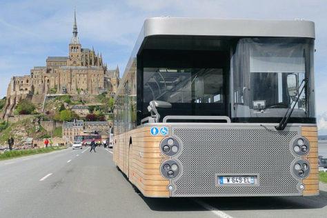 Doppelkopf-Bus von Cobus