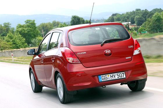 Hyundai i20 blue 1.1 CRDI