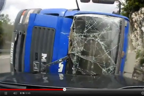 Video: Russischer Lkw-Crash