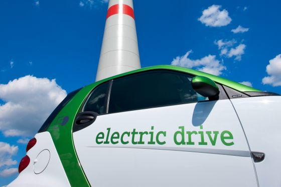 80 Windräder für eine Million Elektroautos
