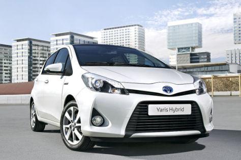 Toyota Yaris Hybrid (2012)