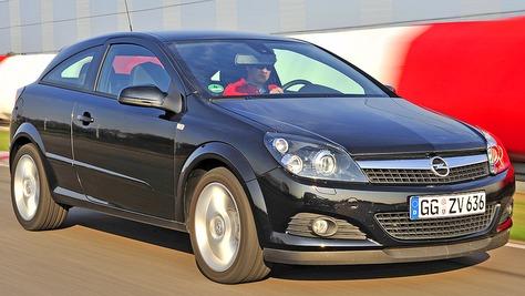 Opel Astra GTC - H