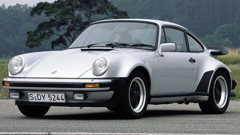 Porsche 911 Turbo - 930