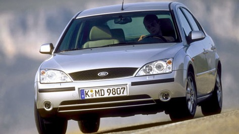 Ford Mondeo - III (B4Y)
