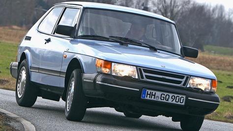 Saab 900 - I