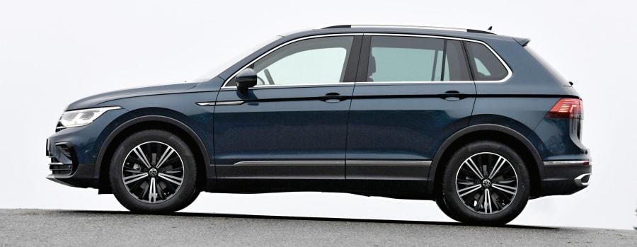 VW Tiguan 2.0 TDI – Radstand: 2677, Länge: 4486, Höhe: 1673, Ladekantenhöhe: 740 (Alle Abmessungen in Millimetern)