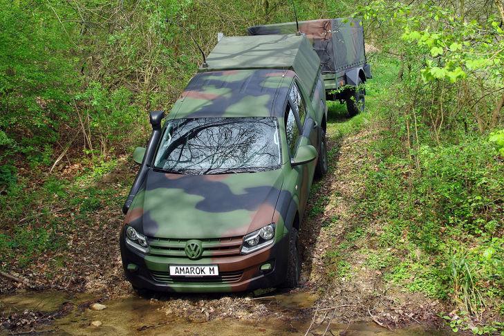 Militär Amarok
