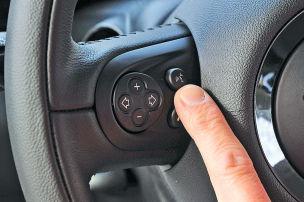 VW holt Siri an Bord