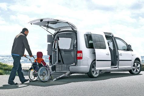 mietwagen f r rollstuhlfahrer barrierefreier caddy von. Black Bedroom Furniture Sets. Home Design Ideas